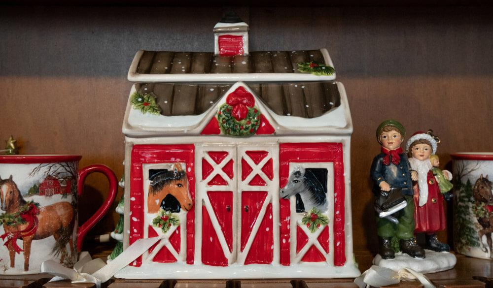 festive holiday barn cookie jar