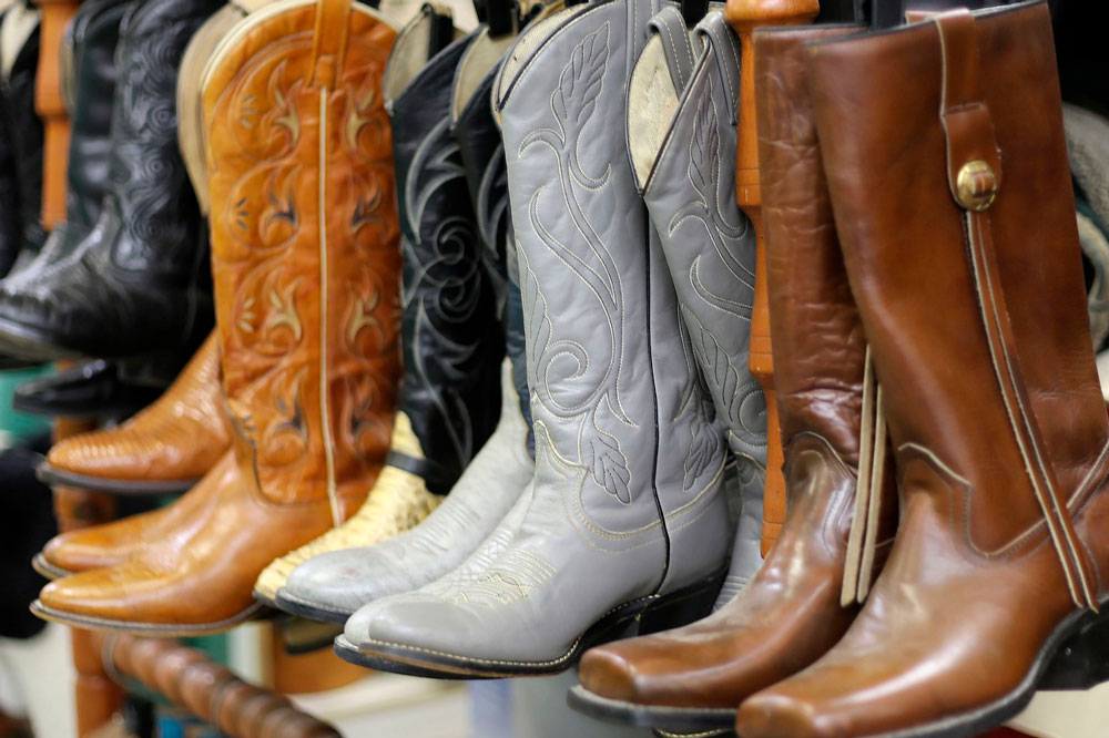 leather cowboy boots lined up
